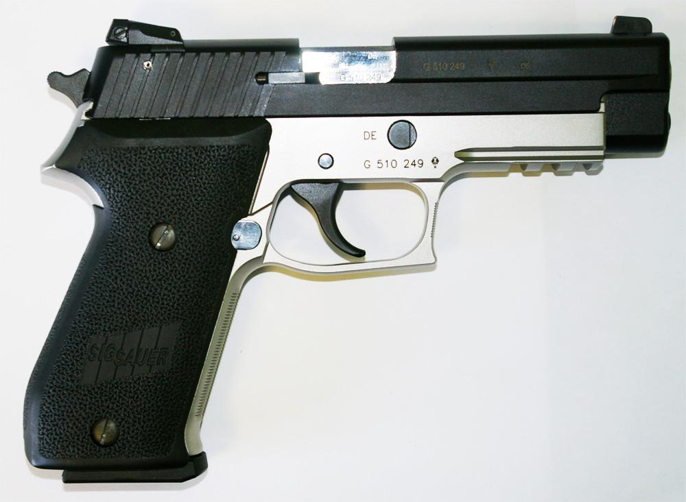 Pistolet SIG SAUER P220 - 22 - Cliquer pour agrandir